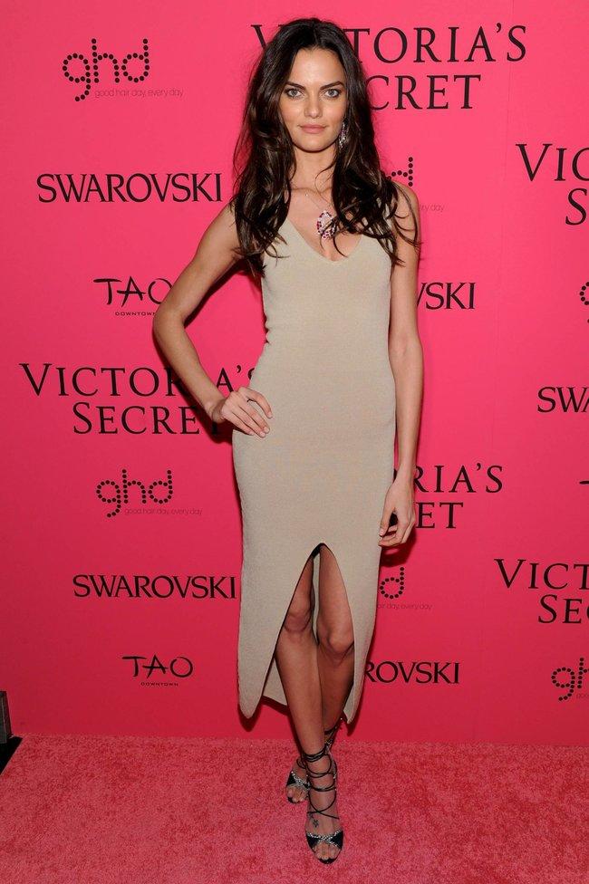 Афтепати модного показа «Victoria's Secret»: модели и гости: barbara-fialho-1_Starbeat.ru