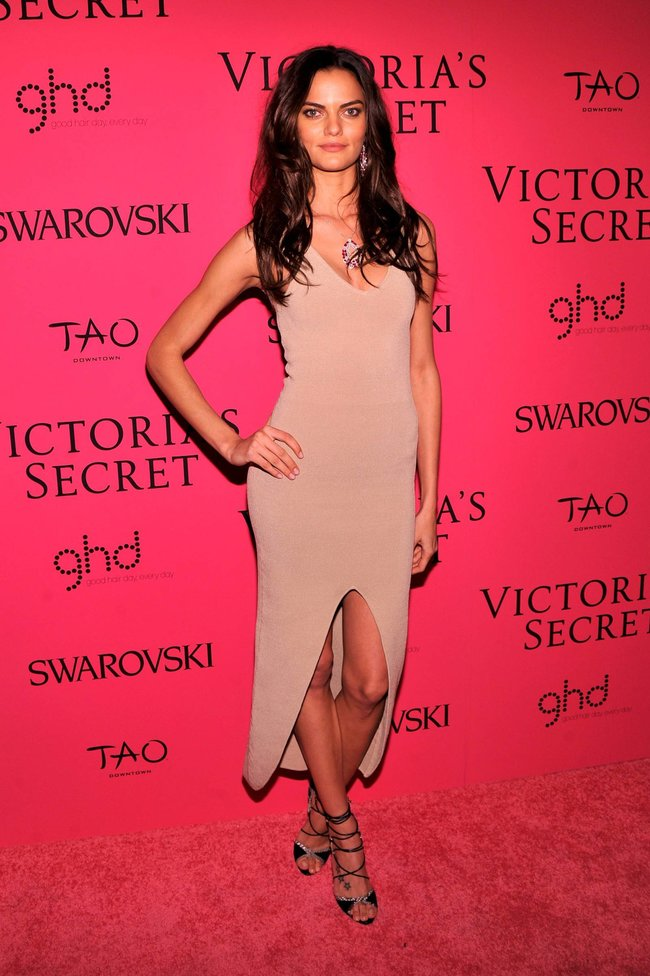 Афтепати модного показа «Victoria's Secret»: модели и гости: barbara-fialho-2_Starbeat.ru