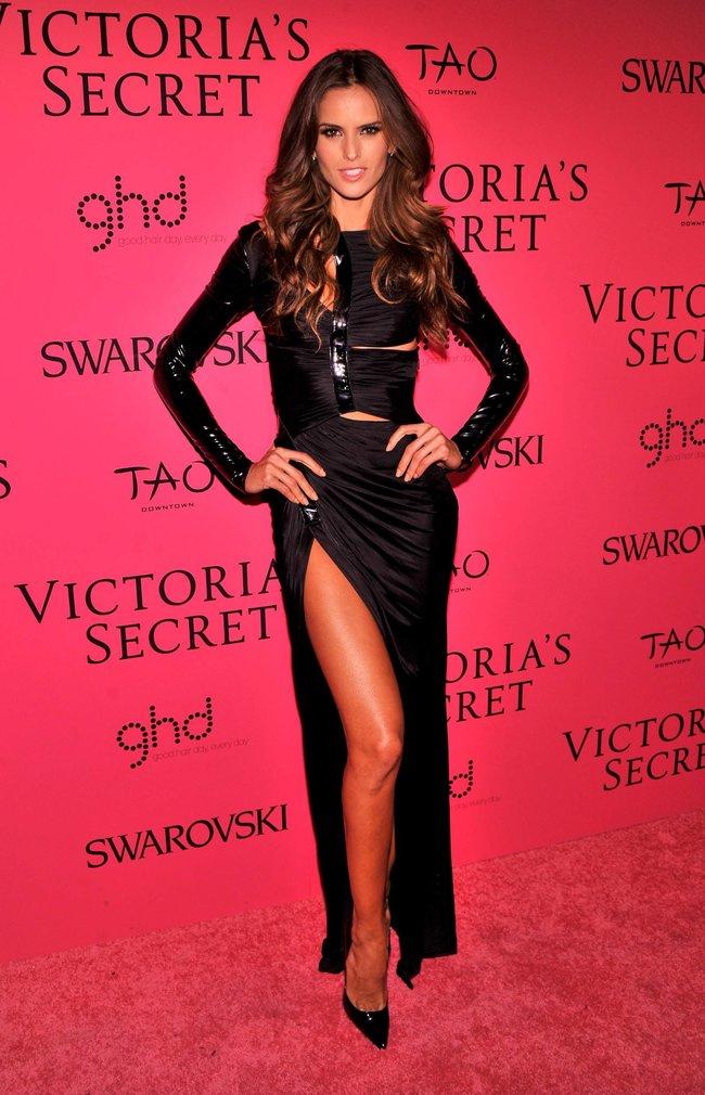 Афтепати модного показа «Victoria's Secret»: модели и гости: izabel-goulart-22_Starbeat.ru