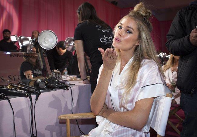 Бэкстейдж шоу «Victoria's Secret» в Нью-Йорке: все модели: doutzen-kroes-1_Starbeat.ru