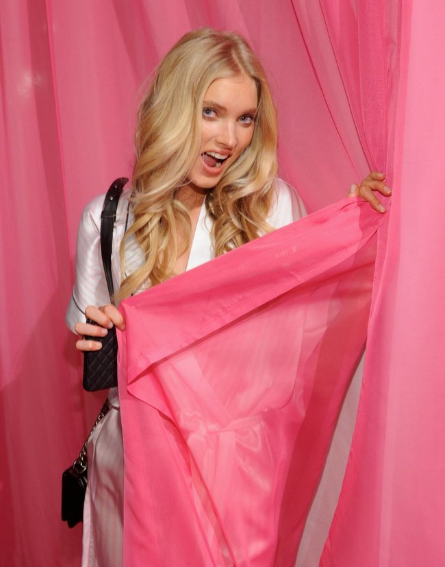 Бэкстейдж шоу «Victoria's Secret» в Нью-Йорке: все модели: elsa-hosk-3_Starbeat.ru