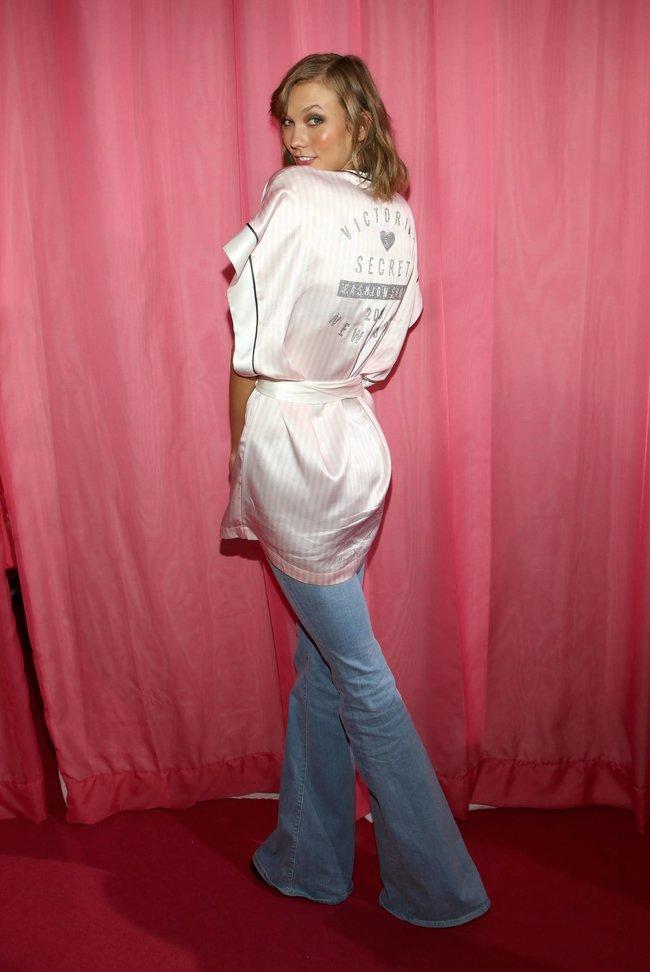 Бэкстейдж шоу «Victoria's Secret» в Нью-Йорке: все модели: karlie-kloss-5_Starbeat.ru
