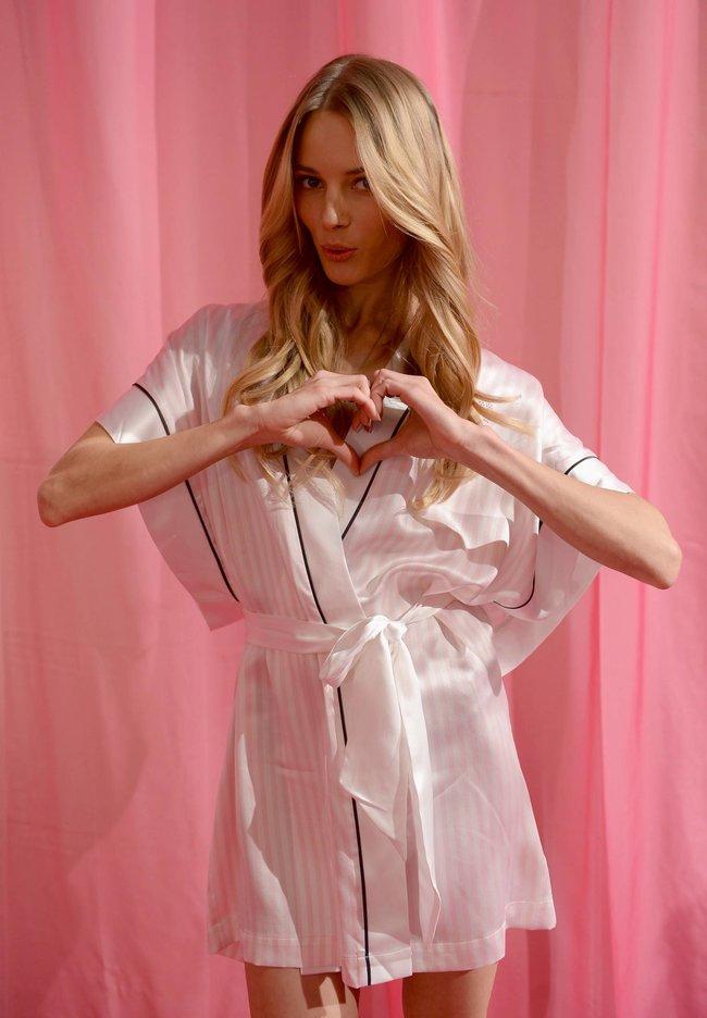 Бэкстейдж шоу «Victoria's Secret» в Нью-Йорке: все модели: leva-laguna-3_Starbeat.ru