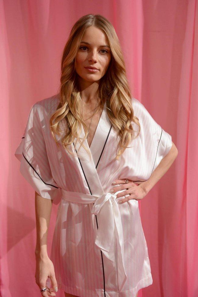 Бэкстейдж шоу «Victoria's Secret» в Нью-Йорке: все модели: leva-laguna-4_Starbeat.ru