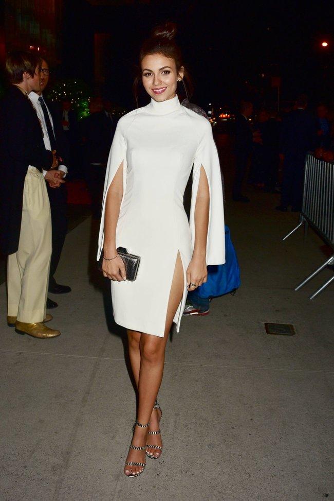 Неизвестная нужда заставила Викторию Джастис пойти на афтепати «DKC / O&Ms Tony Awards»: victoria-justice-10-1_Starbeat.ru