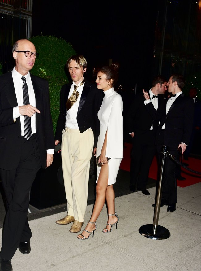 Неизвестная нужда заставила Викторию Джастис пойти на афтепати «DKC / O&Ms Tony Awards»: victoria-justice-4-1_Starbeat.ru