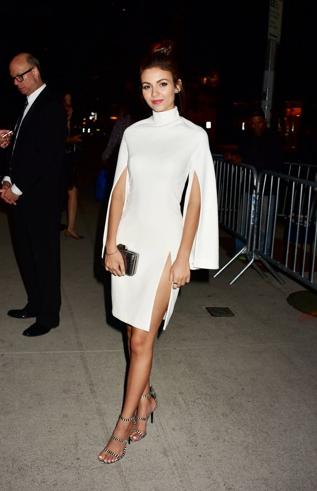 Неизвестная нужда заставила Викторию Джастис пойти на афтепати «DKC / O&Ms Tony Awards»: victoria-justice-8-1_Starbeat.ru