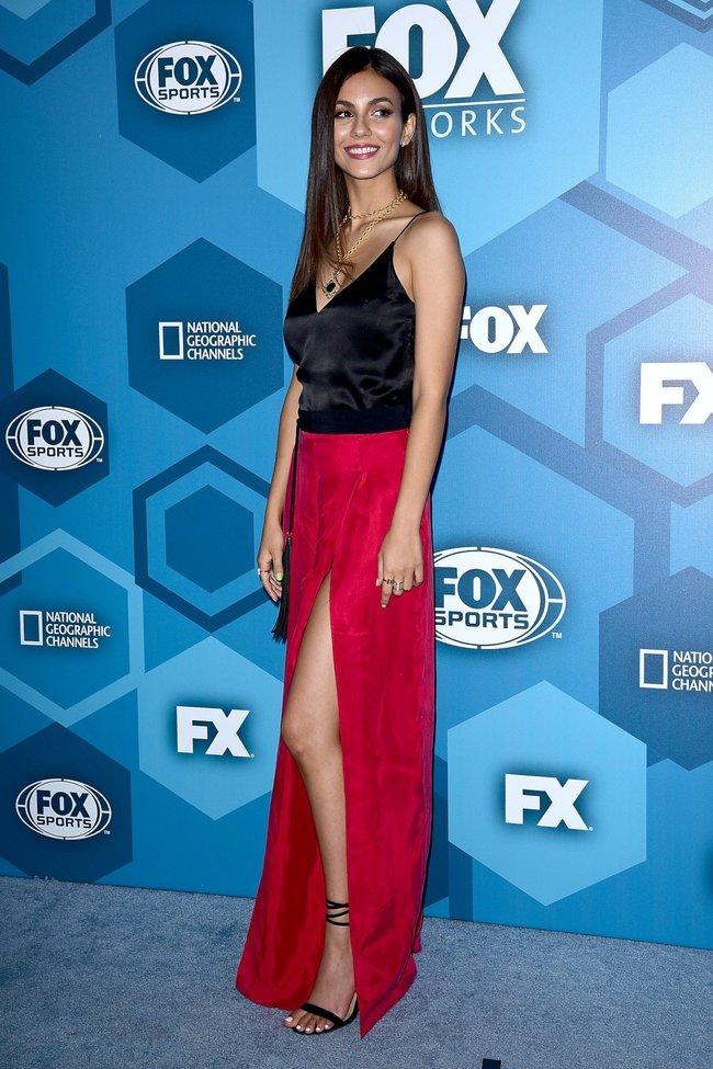 Виктория Джастис на мероприятии FOX 2016 Upfront в Нью-Йорке: victoria-justice-16-2_Starbeat.ru