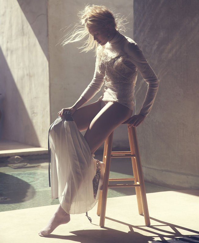 Российская топ-модель Вита Сидоркина в фотосессии для журнала Elle: vita-sidorkina-3-1_Starbeat.ru