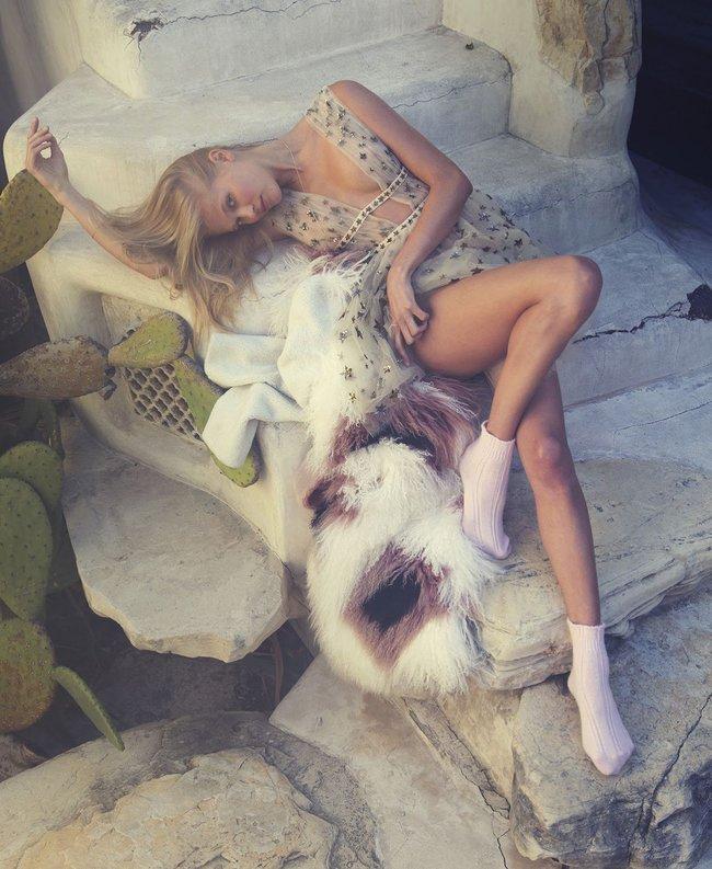Российская топ-модель Вита Сидоркина в фотосессии для журнала Elle: vita-sidorkina-4-1_Starbeat.ru
